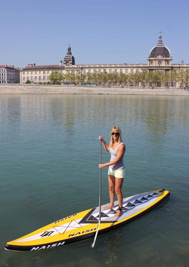 Séverine en paddle sur le Rhone