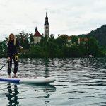 Séverine en paddle sur le lac de Bled
