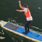 Carolyn sur son paddle en bouteilles à Joinville