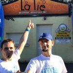 Mathieu et Anthony devant la Brasserie La Lie